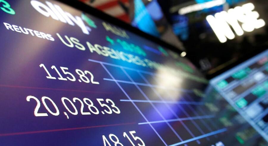 Arkivfoto. Den let negative stemning fra mandag ser ud til at fortsætte på aktiemarkederne tirsdag morgen, efter at den amerikanske præsidents, Donald Trumps, indrejseforbud har skabt uro.