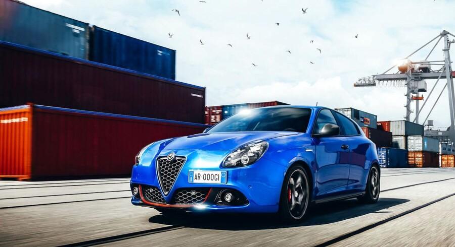 Alfa Romeo udvider sit forhandlernetværk med op til fire nye udsalgssteder i år. Det første, i Randers, er allerede åbnet, mens det ikke offentliggjort, hvor de øvrige vil blive placeret. Mest solgte model i Danmark er Giulia, mens denne kompakte Giulietta er på plads nummer to