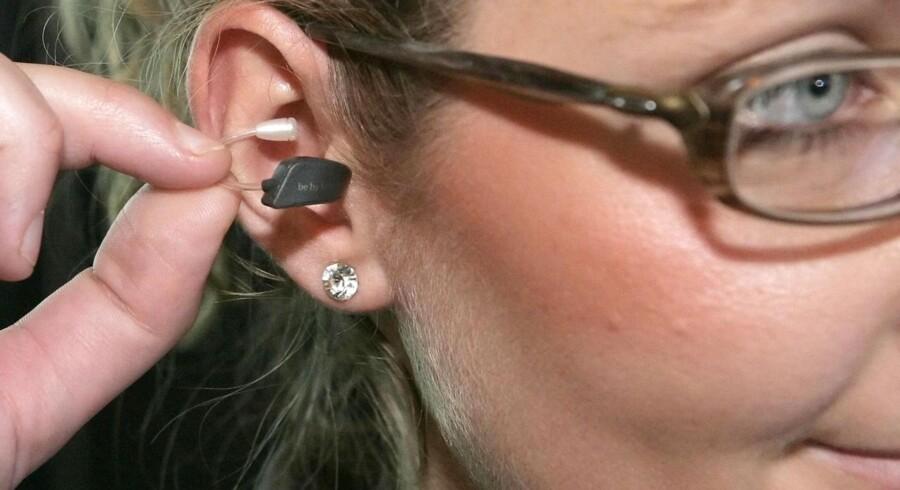 I 2008 udviklede GN Resound det mindste høreapperat nogensinde (bill.), og nu har de lavet det første høreapperat til iPhone.