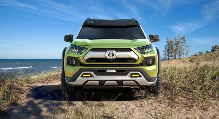 FT-AC er Toyotas bud på en fremtidig firehjulstrækker, og går den i produktion, kan den muligvis få et nyt hybridsystem