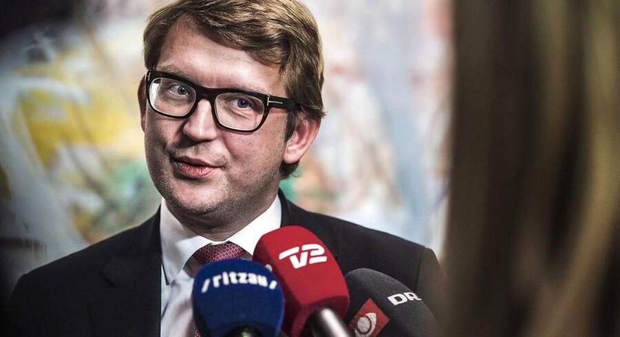 Troels Lund Poulsen (V) forventer snart at kunne bløde op på dokumentationskravene til kommunernes jobcentre.