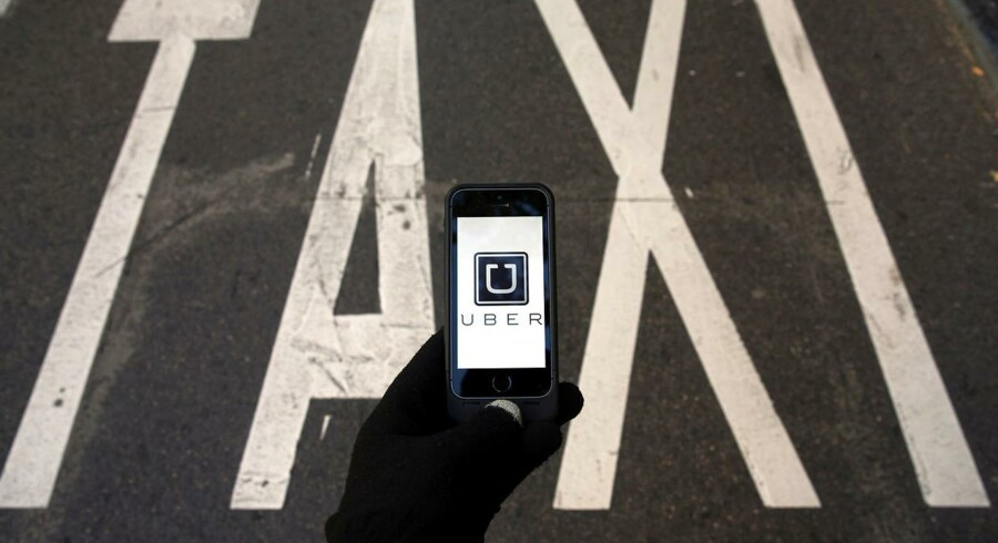 Saudi-Arabiens oliefond investerer stort i taxabranchens fjende nummer ét og får bestyrelsesplads i Uber.