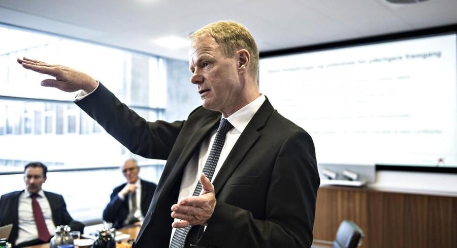 Lundbecks salg stryger frem i USA, men selskabet holder fast i det danske hovedkvarter i Valby, slår topchef Kåre Schutlz fast.