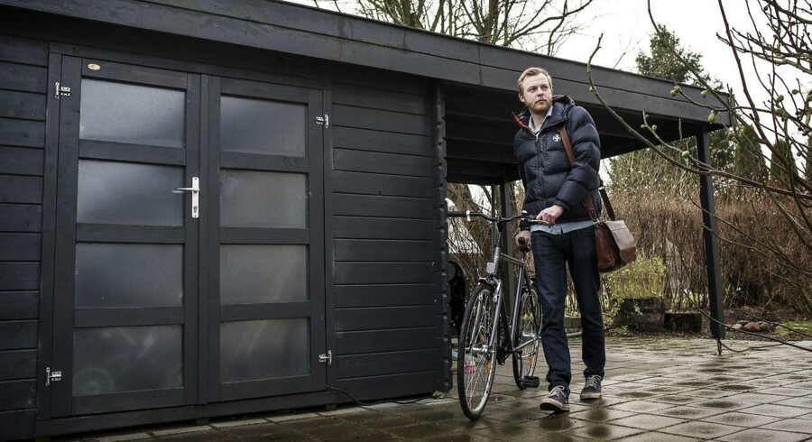 Søren Bernt Lindegaard brugte tidligere mellem en og to timer på at pendle fra Aarhus til Horsens. Da han fik nyt arbejde valgte familien at købe et hus i cykelafstand, så han nu kun har en transporttid på lidt over ti minutter.