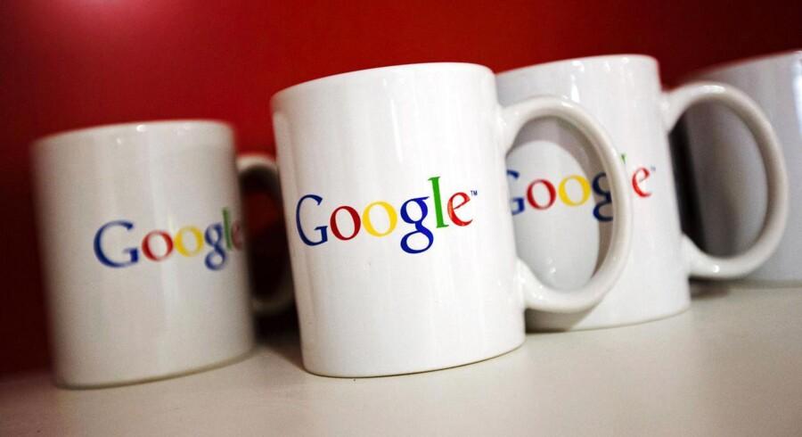 Googles aktiekurs faldt efter offentliggørelsen af årsregnskabet, der trods stor fremgang ikke levede op til investorernes forventninger.