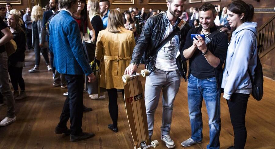 RB PLUS ARKIVFOTO 2014 af Immatrikulationsfest d. 29. august 2014 på Københavns Universitet- - Se RB 6/7 2015 09.32. Rekordmange unge har søgt ind på en videregående uddannelse, men på den anden side af gærdet står nogle fagområder fortsat og skriger på kvalificerede folk. (Foto: Simon Læssøe/Scanpix 2015)