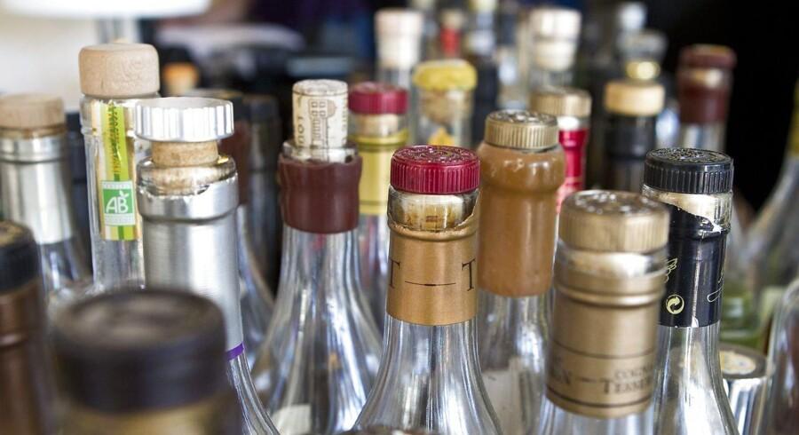 Stiger prisen på alkohol i Danmark, vil folk blot køre over grænsen for at fylde bilen med billigere spiritus, mener Dansk Fokeparti