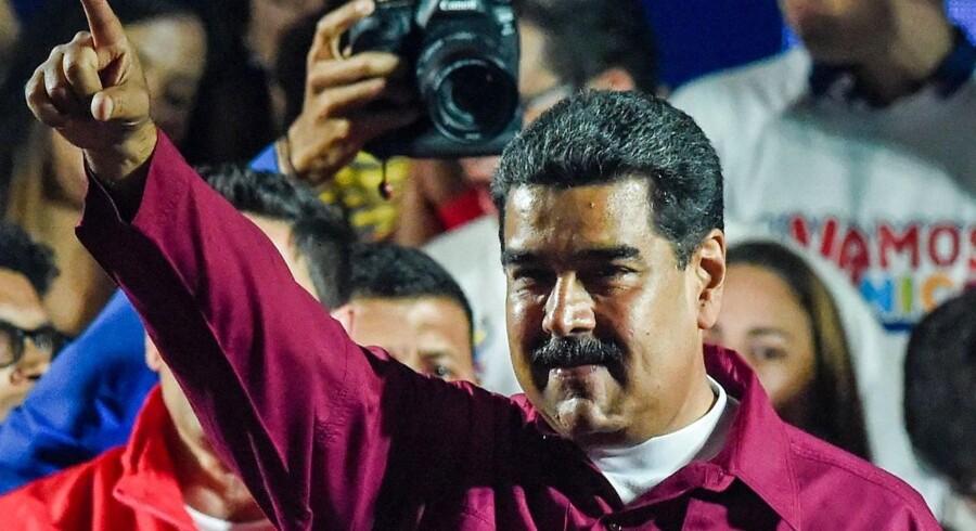 Nicolas Maduro vandt som ventet weekendens omstridte præsidentvalg i Venezuela. Det oplyste formanden for landets valgkommission mandag.
