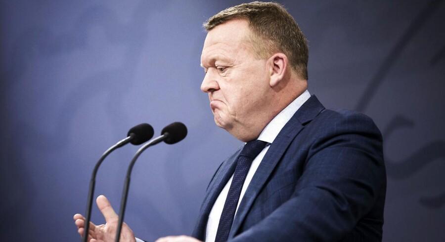 Statsminister Lars Løkke Rasmussen holder pressemøde i spejlsalen for at gøre status over de aktuelle finanslovsforhandlinger tirsdag den 19. december 2017. . (Foto: Jens Astrup/Scanpix 2017)