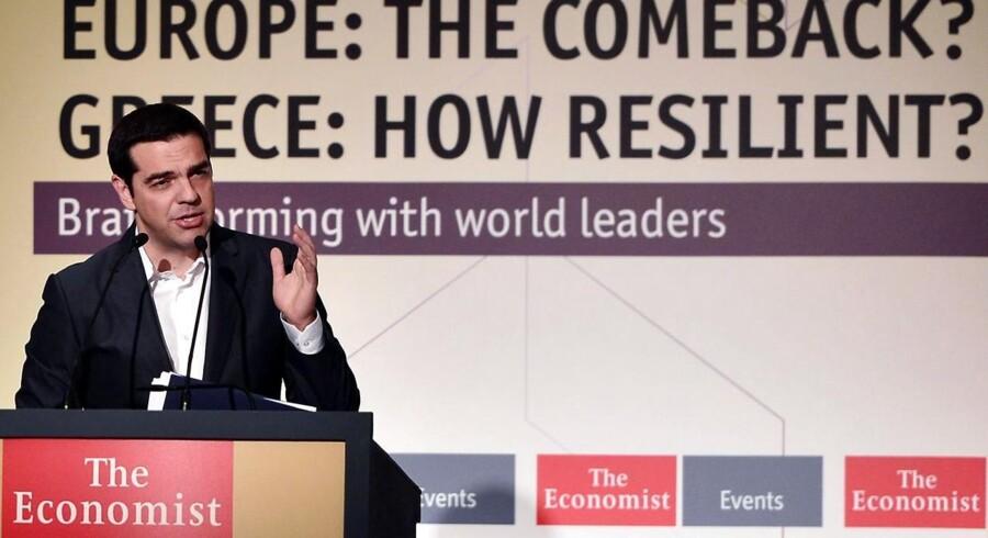 Den græske premierminister Alexis Tsipras taler her ved konference arrangeret af The Economist tidligere på året. Det hæderkronede nyhedsmagasin kan blive solgt senere i denne uge.
