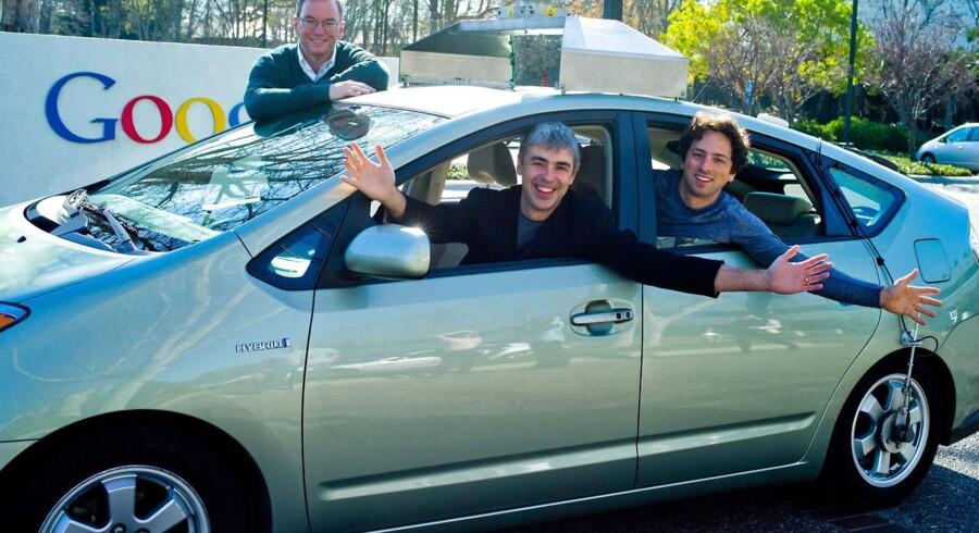 Denne trio styrer fortsat internetgiganten Google: stående bestyrelsesformand Eric Schmidt, forrest medstifter og topchef Larry Page, bagest medstifter og direktør for Googles specialprojekter Sergej Brin. Foto: Google
