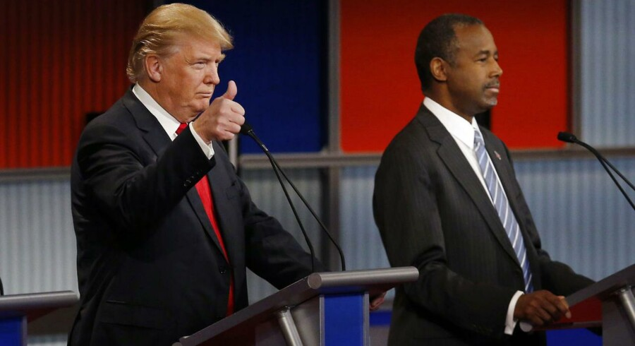 Donald Trump og Ben Carson under nattens republikanske præsidentdebat.