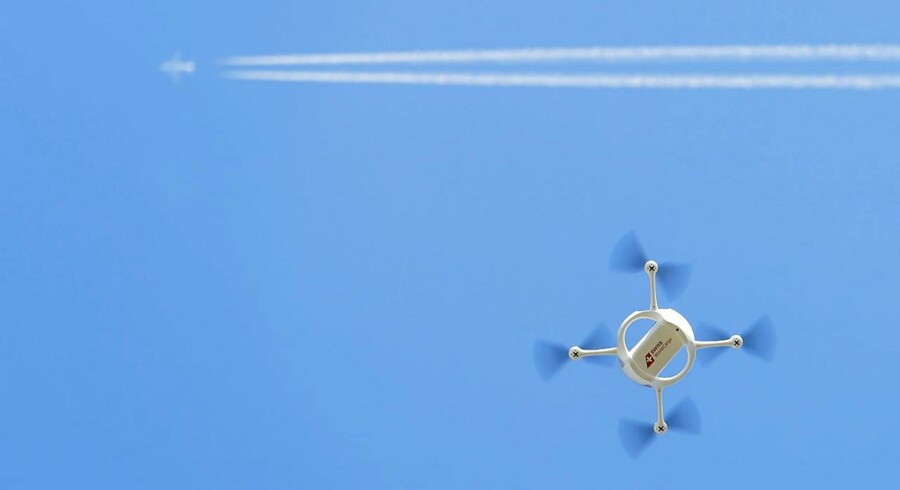 ARKIVFOTO: Posten i Schweiz forsøger sig i øjeblikket med drone-levering.