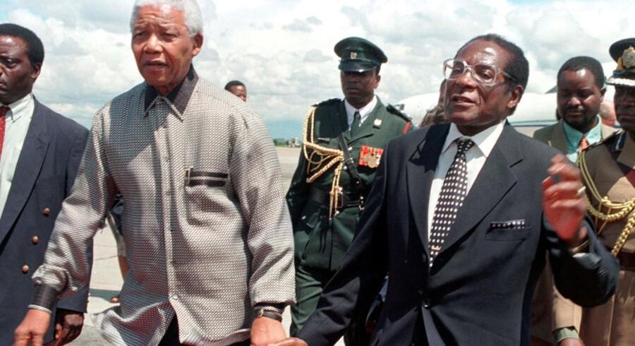 Nelson Mandela, Sydafrikas første sorte præsident, kan måske blive omdrejningspunktet for et kommende Mandela-museum i Randers. Reuters/Howard Burditt/arkiv