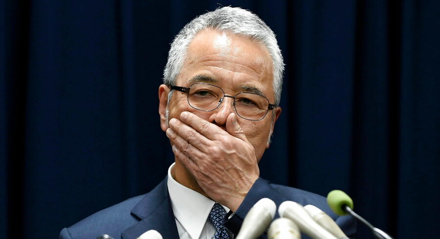epa05131095 Japanese Economy Minister Akira Amari gestures during a press conference in Tokyo, Japan, 28 January 2016. Economy Minister Amari announced he will resign over bribery allegations against him, dealing a severe blow to Prime Minister Shinzo Abe's government. In an article published recently, the magazine Shukan Bunshun alleged that Amari and two of his secretaries received a total of 12 million yen (101, 000 USD) in cash from a construction company for reportedly doing favours for in its disputes with the government-backed Urban Renaissance Agency. EPA/FRANCK ROBICHON