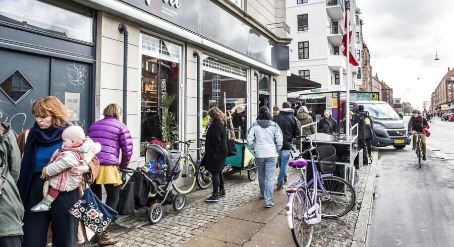 Danmarks første sociale supermarked åbnede i februar på Amager - nu udvider konceptet til Aarhus.
