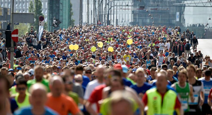 22-05-2016: Copenhagen Marathon: Løberne passerer Langebro Foto: Lars Møller/Scanpix