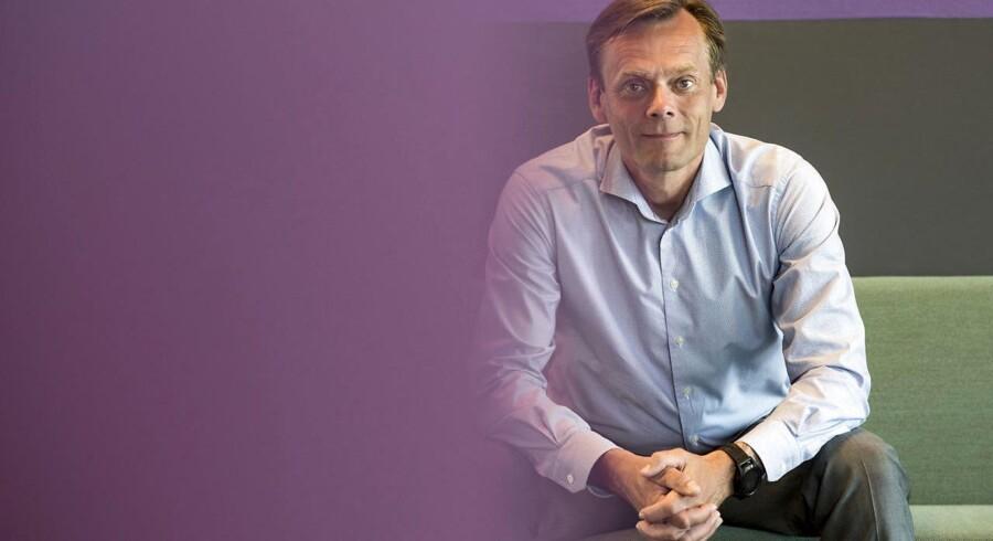 Telias tekniske direktør, Henrik Kofod, er klar til at trække stikket til både GSM- og 3G-nettet for at få mere plads på det hurtige 4G-net, hvor film- og TV-sening fylder stadig mere – et behov, der ikke vil mindskes de kommende år.