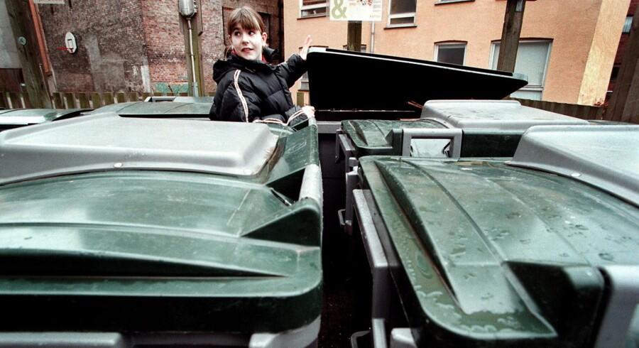 De nye sorteringsmuligheder betyder flere beholdere i indkørslen eller baggården, så affaldet kan genanvendes bedst muligt. Scanpix/Bjarke Ørsted/arkiv