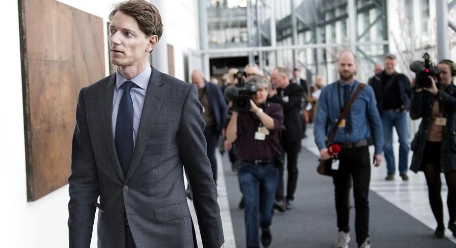Robert Uggla – barnebarn efter Mærsk Mc-Kinney Møller – overtager ledelsen af selskabet bag A.P. Møller - Mærsk.