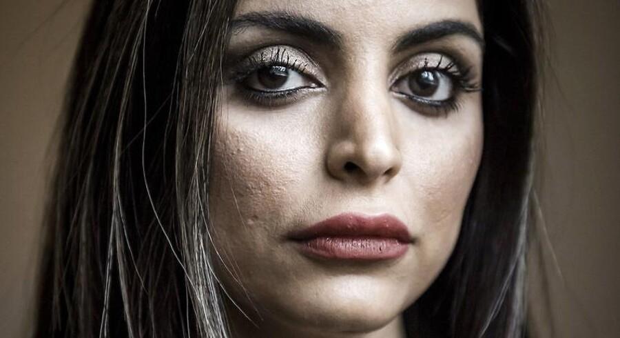 Forfatter Sara Omar har skrevet romanen »Dødevaskeren« om undertrykkelse af muslimske kvinder. Efterfølgende har hun flere gange sagt fra over for generaliserende kritik af religionen islam.