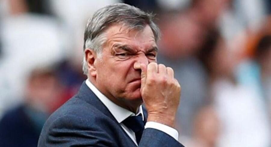 Sam Allardyce har fået en lang næse af ledelsen i Everton. Reuters/Eddie Keogh