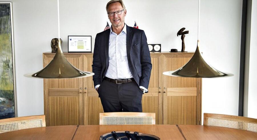 Anders Dam er topchef i Jyske Bank-koncernen, hvor både Jyske Bank og BRFkredit holder bidragssatserne i ro - i hvert fald indtil 1. april 2017.