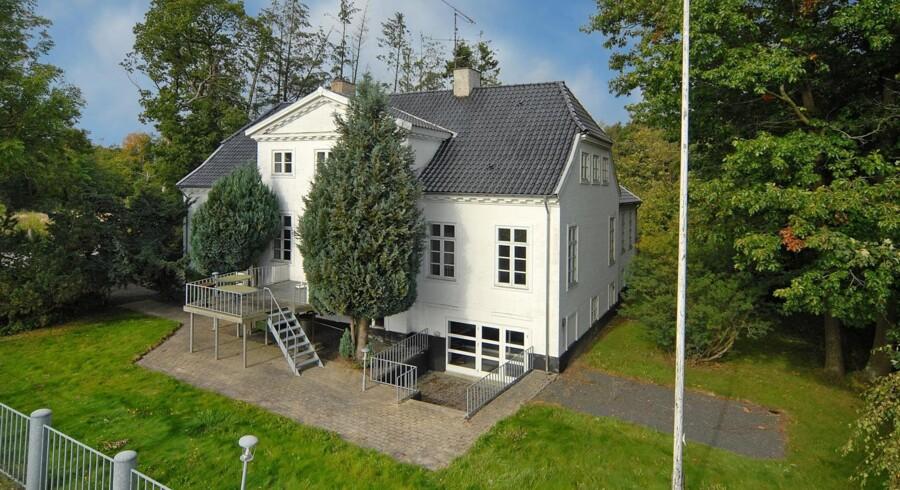 """Gislev: """"Foto: Estate Ejendomscentret Østfyn – Nyborg"""""""