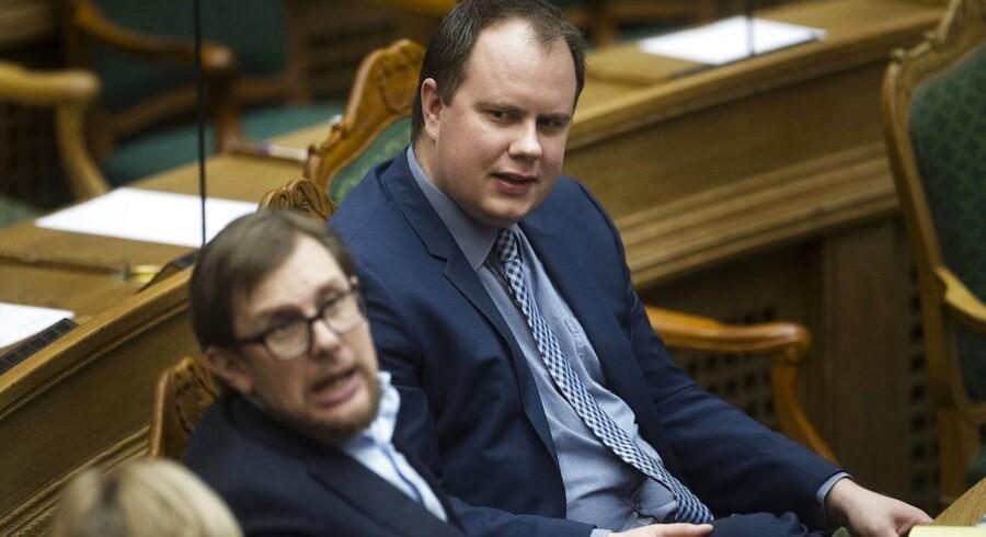 »Hvis det er det springende punkt, så finder vi nok ud af det,« siger Martin Henriksen, Dansk Folkepartis integrationsordfører.