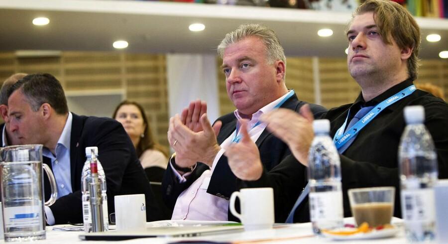 Lars Seiers princip om støtte til dansk politik en nemlig åbenhed, lyder fortæller han.