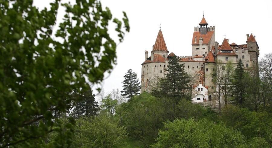 Her ses slottet. Foto: Bogdan Cristel