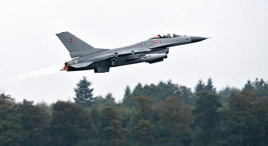 I oktober lettede de danske F16-jagere fra Skrydstrup med kurs mod Irak.