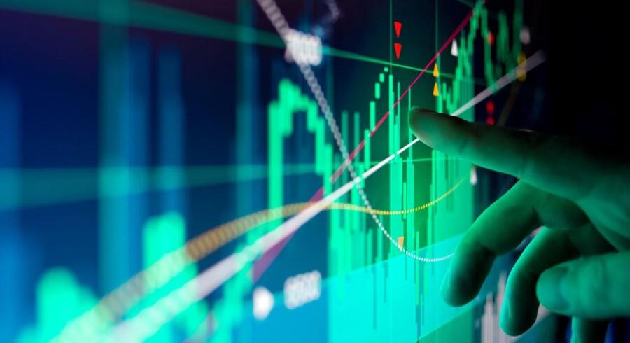 Der er udsigt til en rolig morgen på det danske obligationsmarked onsdag, hvor investorerne i eftermiddag formentlig vil sidde klistret til skærmene for at følge et hav af økonomiske begivenheder.
