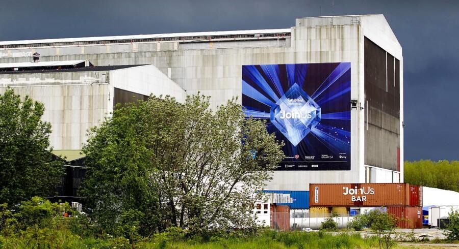 Bestyrelsen i Fonden Wonderful Copenhagen (WoCo) var ikke enig, da den sommeren 2014 på to ekstraordinære bestyrelsesmøder vedtog at dække millionunderskud for sit datterselskab, som stod for melodigrandprixet, samt tilføre ny likviditet til selskabet.