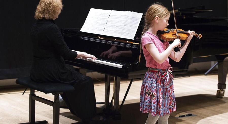 Berlingskes Klassiske Musikkonkurrence 2017. Lørdag den 22. april 2017. Astrid Helms på 8 år.