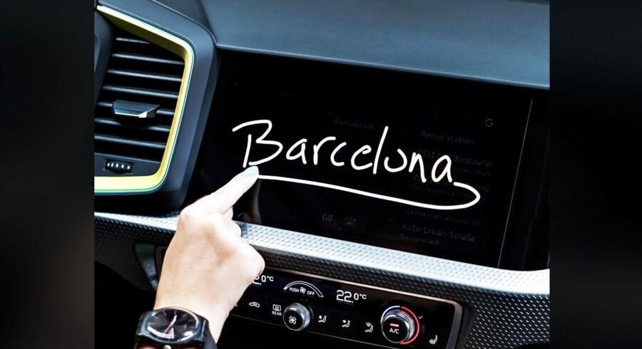 Den nye Audi A1 vil få debut om kort tid, men inden da giver tyskerne os et lille blik ind i kabinen. Den nye touchscreen hentyder her til stedet for verdenspremieren