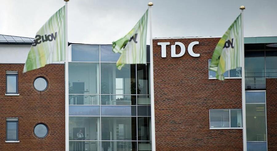 Salgsrygter om teleselskabet TDC får investorerne til at flokkes om aktien, der stiger med 4,2 pct. til 38,52 kr.