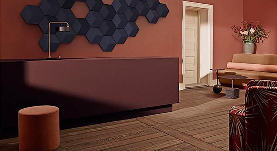 Til feinschmeckerne har Bang & Olufsen skabt BeoSound Shape, der består af 12 'tiles' med fire højttalere, som tilsammen kan skabe et funktionelt kunstværk. Pris: 35.775 kr.