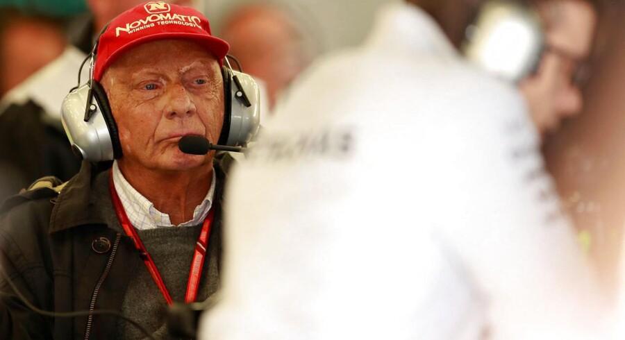 Niki Lauda vil købe sig tilbage i luffart.