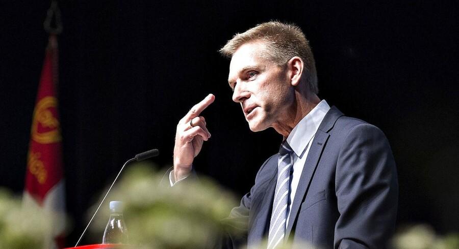 DFs formand Kristian Thulesen Dahl på talerstolen i weekenden.