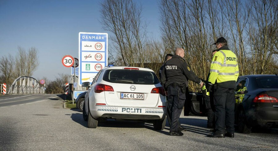 Grænsekontrol ved Aventoft grænseovergang, tirsdag den 5. januar 2016. Dag 2 af den midlertidige grænsekontrol i form af stikprøver ved den dansk/tyske grænse. ©2016 Palle Peter Skov/Scanpix
