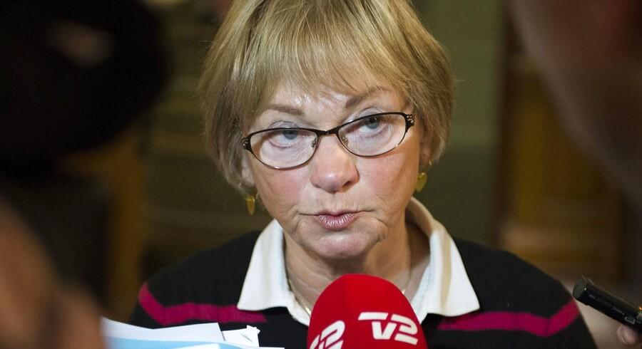 Dansk Folkepartis værdiordfører, Pia Kjærsgaard, er den ene af seks folketingspolitikere, der er blevet politianmeldt af Thorkild Høyer, Sam Mansours forsvarer.