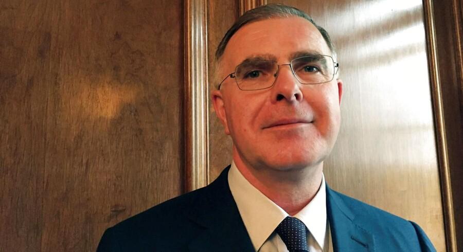 Genmab Chief Executive Jan van de Winkel udtaler: »den 17. juni bliver en skæbnedag«. Genmab venter svar på, om deres kræftmiddel Darzalex må benyttes som middel mod knoglemarvskræft..
