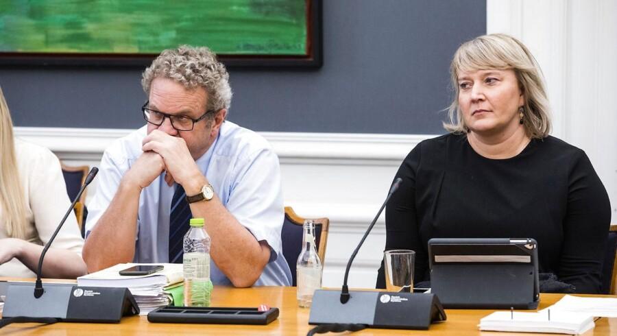 Der skal ikke være lovkrav om at sikre døre og vinduer mod indbrud, mener Venstres retsordfører, Preben Bang Henriksen.
