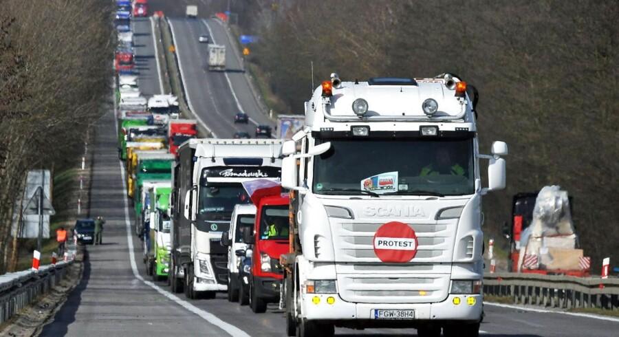Polske chauffører har protesteret over de tyske lønkrav, siden de blev indført ved årsskiftet. Foto: Marcin Bielecki, Scanpix/Reuters