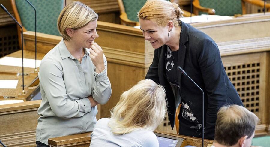Regeringens straksindgreb på asylområdet er vedtaget i Folketinget.