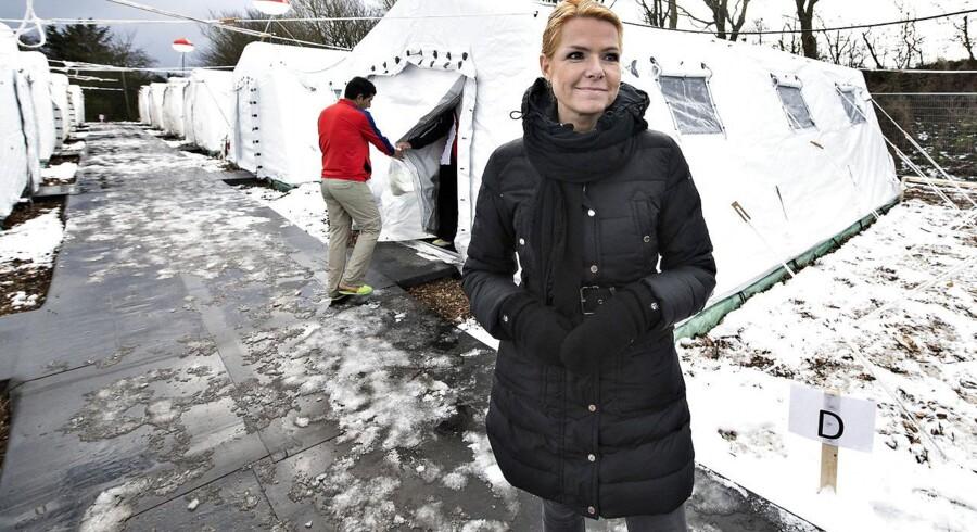Udlændinge, integrations- og boligminister Inger Støjberg under et besøg i flygtningelejren hos Beredskabscenter Thisted.