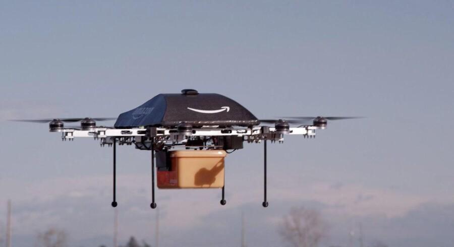 Amazon forsøger at presse de amerikanske myndigheder til en lempelse af de regler, der hindrer kommerciel brug af droner.
