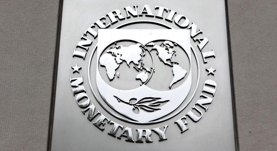 Den Internationale Valutafond, IMF, sænker udsigterne til den globale økonomiske vækst i 2016 og 2017. Det fremgår af World Economic Outlook for januar 2016.