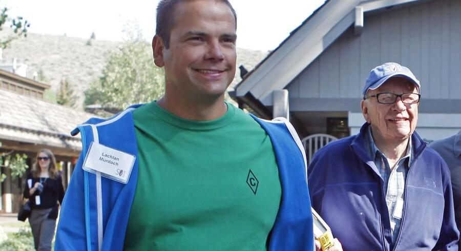 Lachlan Murdoch (tv.) og faderen Rupert Murdoch